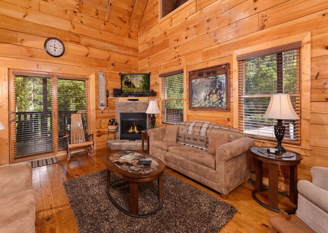 Pigeon Forge Cabin -Awesome Getaway and a Theater – Living Room