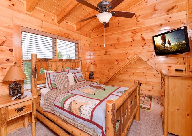 Pigeon Forge Cabin- Awesome Views Mountain Retreat– Bedroom 4