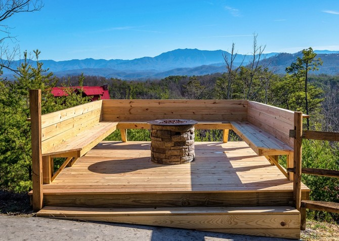 Pigeon Forge Cabin- Awesome Views Mountain Retreat– Fire Pit With View