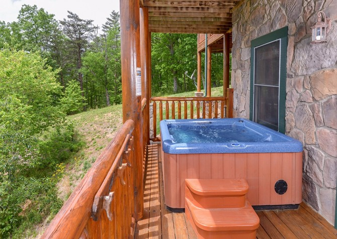 Pigeon Forge Cabin- Awesome Views Mountain Retreat– Outdoor Hot Tub