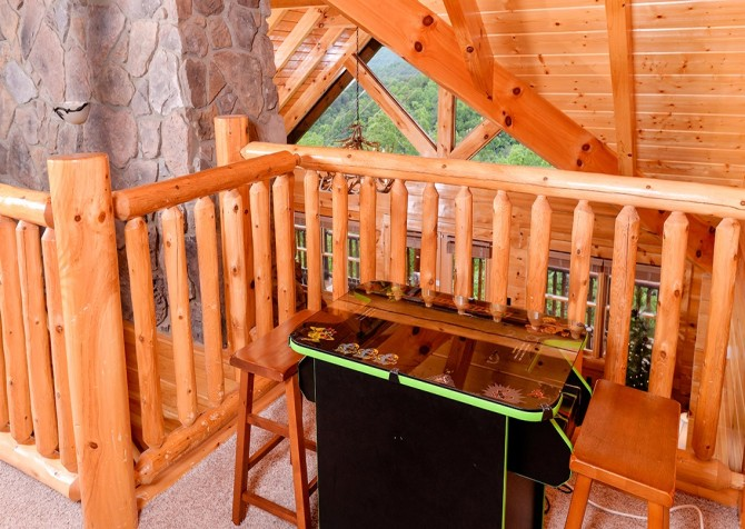 Pigeon Forge Cabin- Awesome Views Mountain Retreat– Sit Down Arcade
