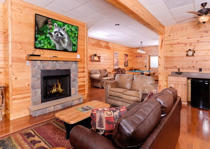 Pigeon Forge Cabin- Awesome Views Mountain Retreat– Sitting Area