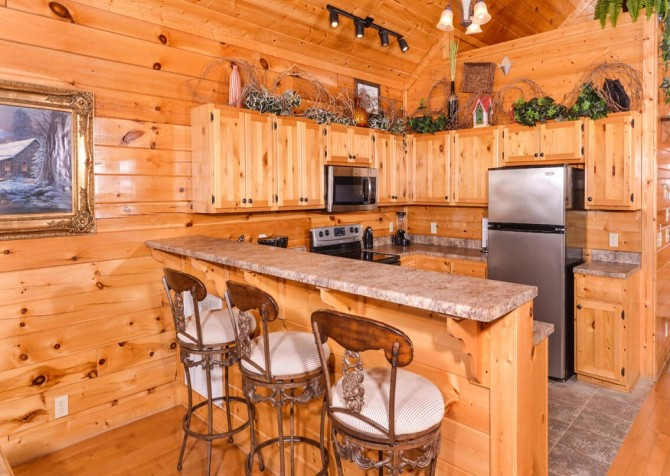 Pigeon Forge Cabin- Awesome Views and a Theater – Kitchen
