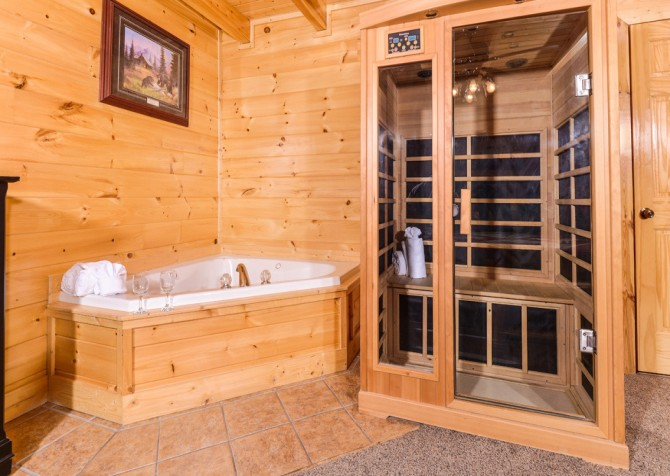 Pigeon Forge - A Bear Creek Crib - Sauna and Indoor Jetted Tub