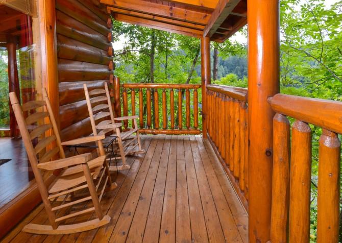 Pigeon Forge - A Bear Creek Crib - Deck