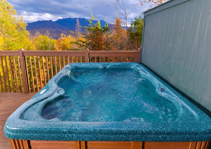 Apparent Seclusion - Hot Tub
