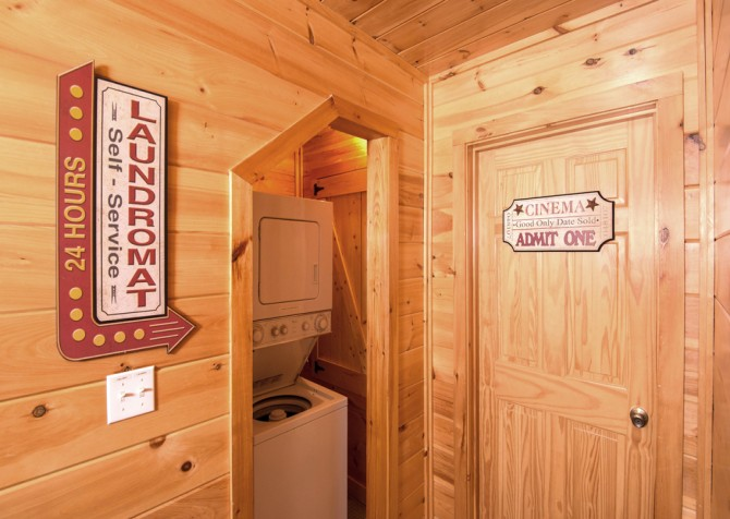 Pigeon Forge Cabin- Be Our Guest – Laundry