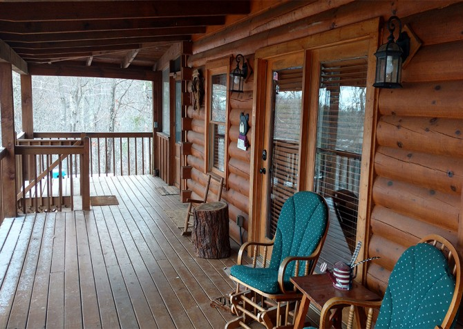 Pigeon Forge - Bear View - Covered Deck