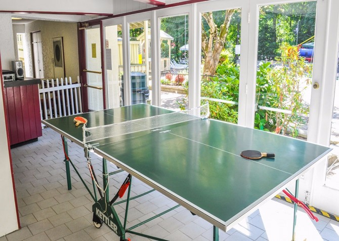 Pigeon Forge - Chalet Village Resort - Gameroom