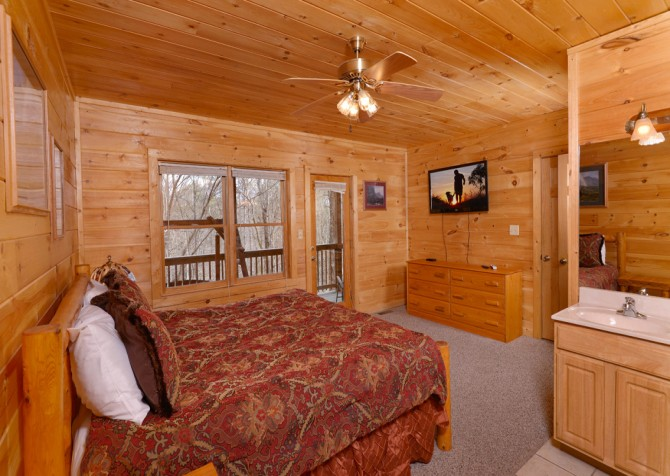 pigeon forge cabin – close to heaven – bedroom