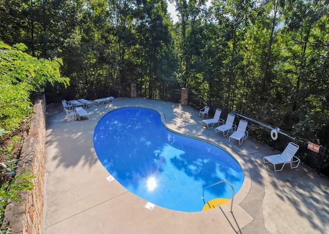 Cobbly Nob Pool