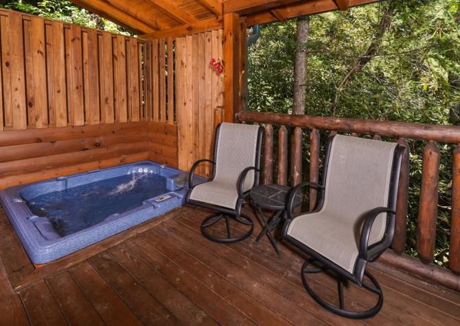 Gatlinburg Cabin - Bear Elegance - Hot Tub