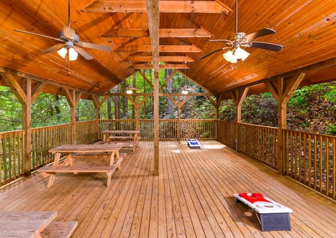 Gatlinburg Cabin - Bear Elegance - Pavilion