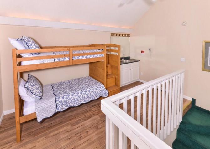 Gatlinburg Cabin - Bear Hugs - Bunk Beds