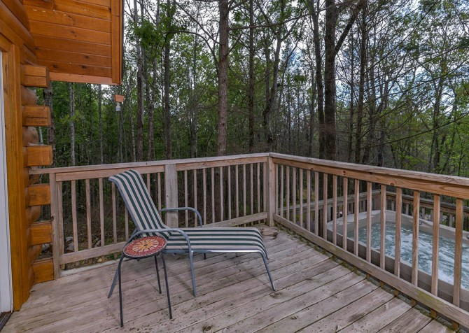 Gatlinburg Cabin - Bearadise - Deck Lounge Chair