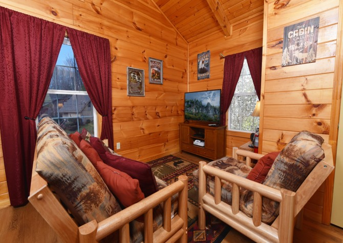 Gatlinburg - A Blissful Bear - Recreation