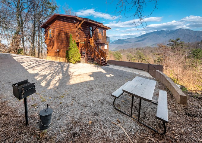 Gatlinburg - A Million Dollar View - Exterior