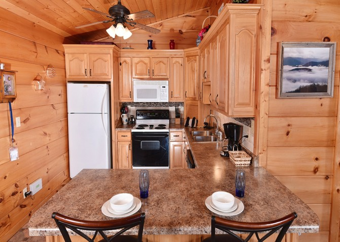 Gatlinburg - A Million Dollar View - Kitchen