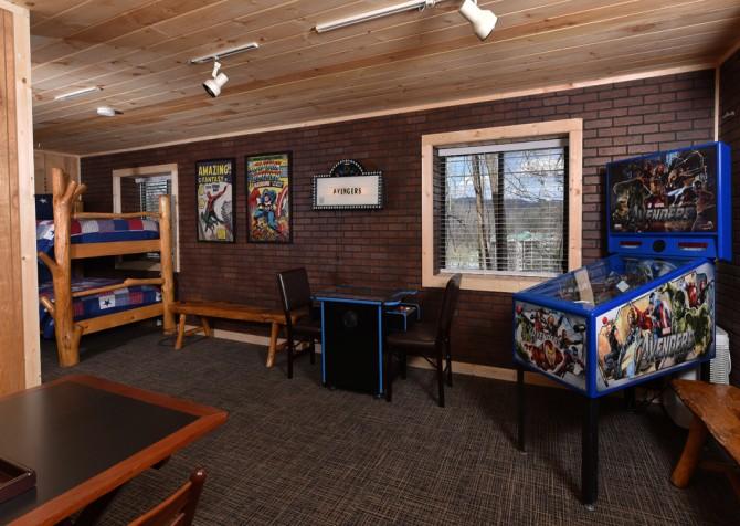 Gatlinburg - Aaron's Lodge - Rec Room