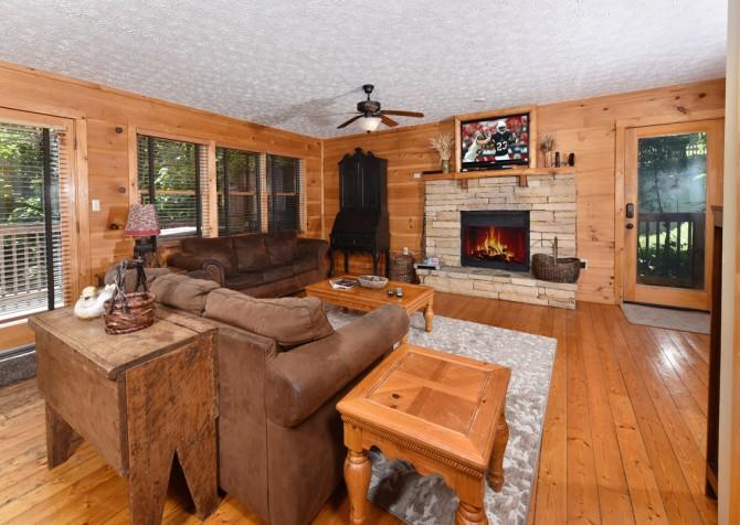 Gatlinburg - Alpine Air – Living Room