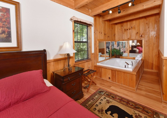 Gatlinburg Cabins - Bella Vista - Bedroom/Indoor Jetted Tub