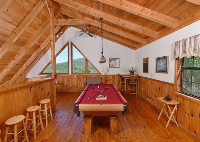 Gatlinburg Cabins - Bella Vista - Rec Room