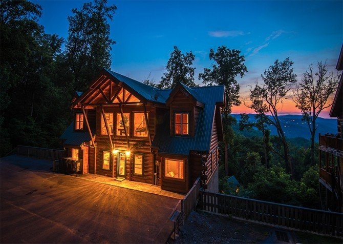 cabins for bedroom cabin pet from dipping that ratesvacation indoor romantic most tn pigeon friendly great an forge home feet must hummingbird deep gatlinburg in skinny rental log x theater the this see tennessee luxury is pool invites you new cheap rentals including w