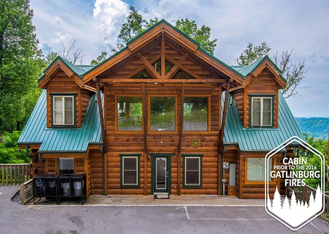 Gatlinburg - Big Bear Views Lodge - Cabin Front