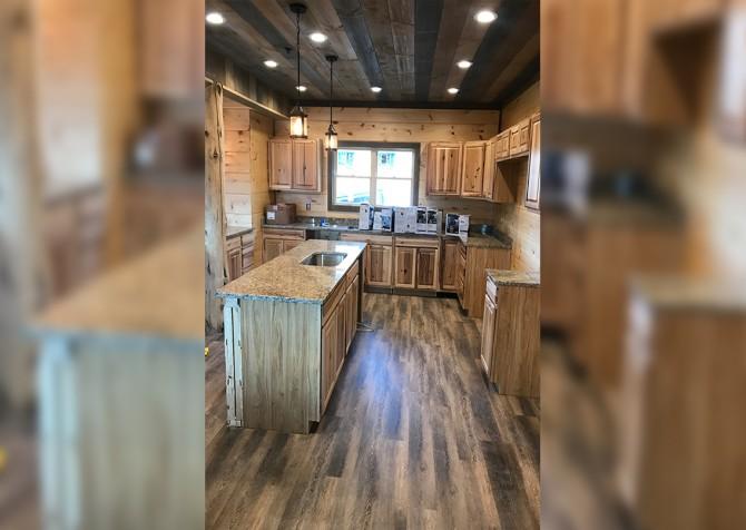 Gatlinburg - Cherokee Dream's Lodge - Kitchen