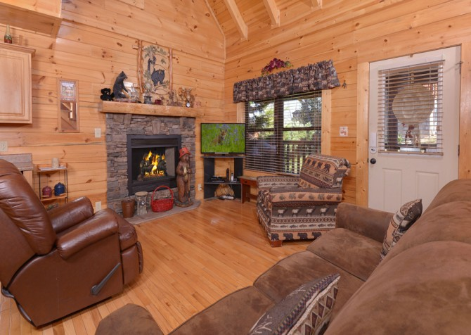 pigeon forge cabin – dancing with the stars – Living Room
