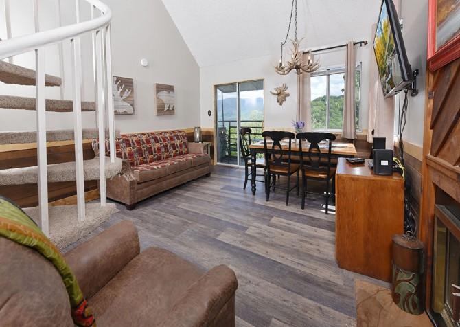 Daze Off - Living Room