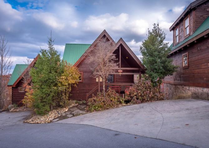 Gatlinburg Cabin - Eagle's Nest - Exterior
