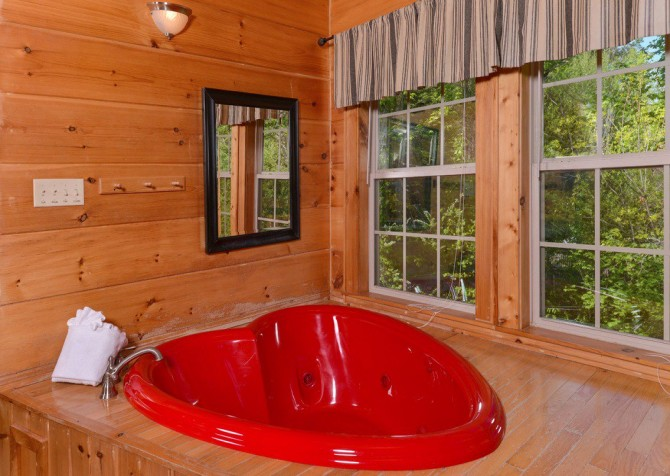 gatlinburg cabin - gatlinburg secret splash - bathroom