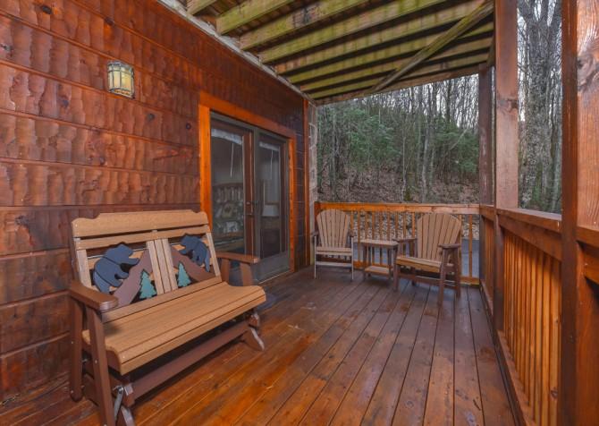Gatlinburg Cabins - Gigi's Getaway - Exterior