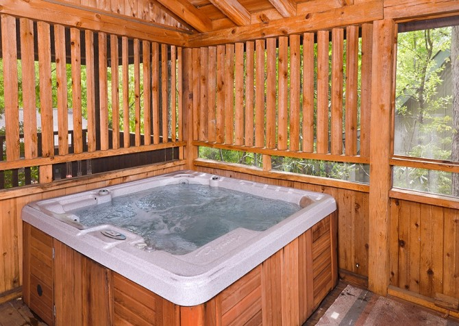 Pigeon Forge – Hacienda – Hot Tub