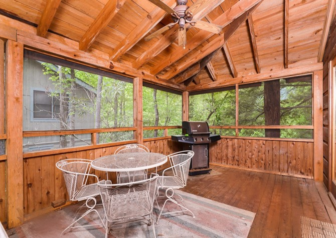 Pigeon Forge – Hacienda – Screened Patio & Grill