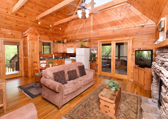 pigeon forge cabin – hacienda – living