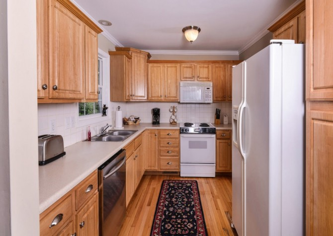 gatlinburg cabin - hen wallow creek cottage - kitchen
