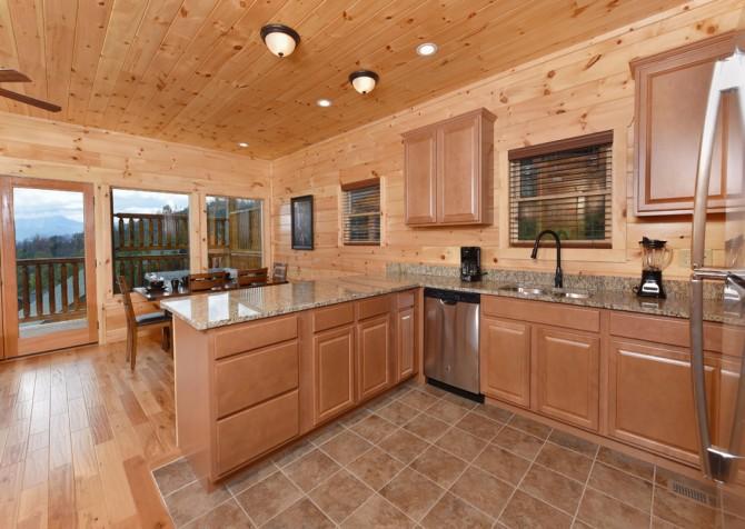 Gatlinburg - Moose Tracks - Kitchen