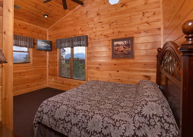 Pigeon Forge - Morning Glory - bedroom