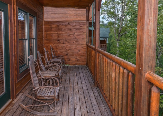 Pigeon Forge - Morning Glory - deck