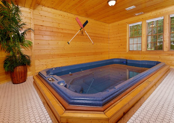 Gatlinburg - Pooling Around - Swim Spa