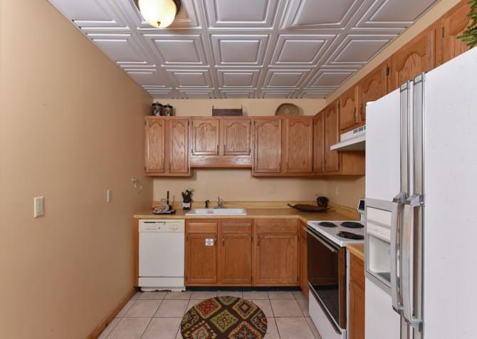 Gatlinburg Cabins - Pop-A-Bear - 2nd Kitchen