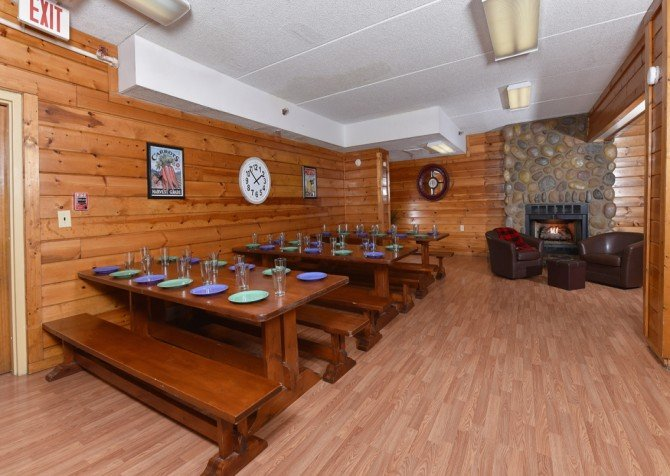 Gatlinburg Cabins - Red Oak Lodge - Kitchen