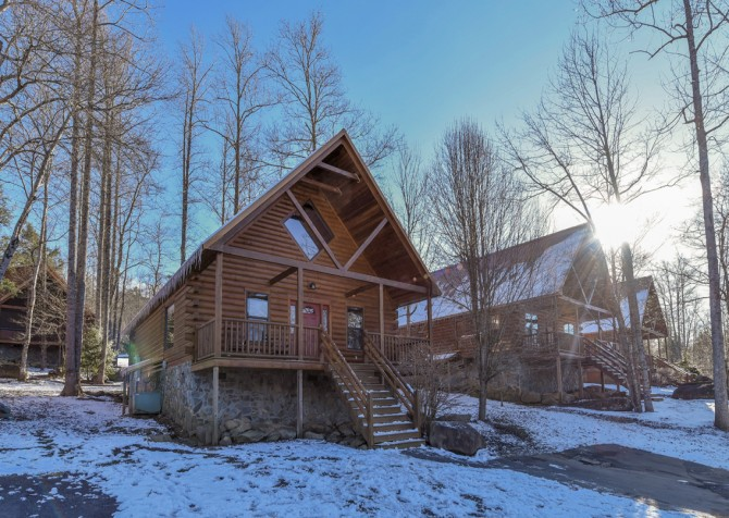 Gatlinburg - Smoky Oak Retreat - Exterior