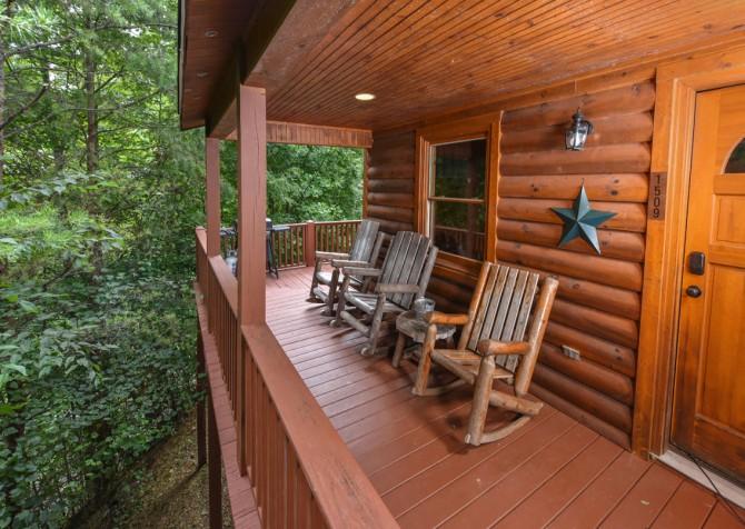 Gatlinburg Cabin - Think A Little Less - Exterior