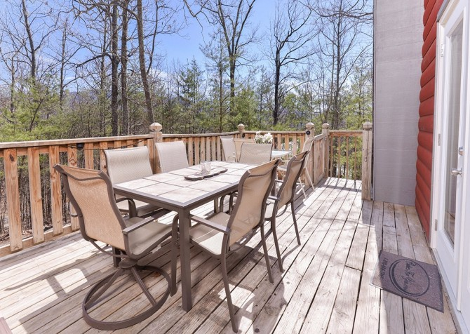 gatlinburg cabin – bird haven – exterior