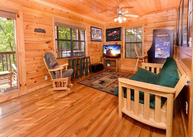 pigeon forge cabin – boo boo's den – game area
