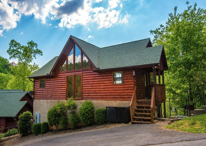 pigeon forge cabin – boo boo's den – overview