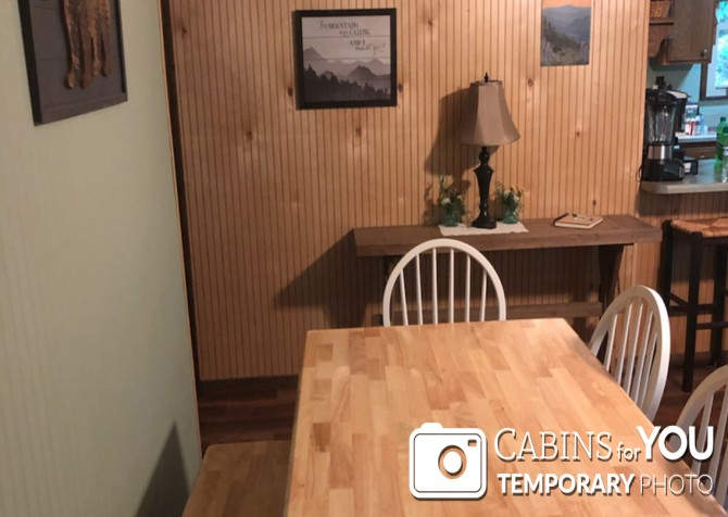 Gatlinburg Cabins - Butterfly Bungalow -  Dining Room Temp